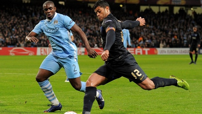 Micah Richards (Manchester City FC) & Hulk (FC Porto)